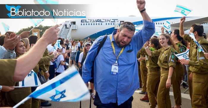DIOS REÚNE A SU PUEBLO: Para cumplir profecía, miles de judíos regresan a Israel.