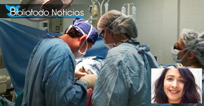 Paciente siendo atendido por la dra. Patalano.