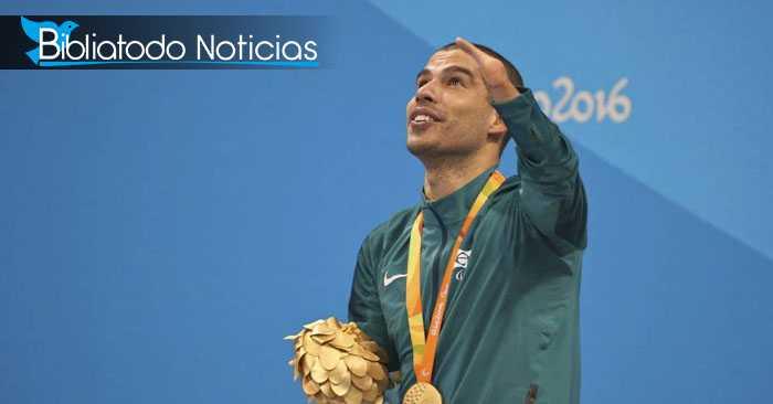 Medallista discapacitado da inesperado discurso a Dios en competición mundial.