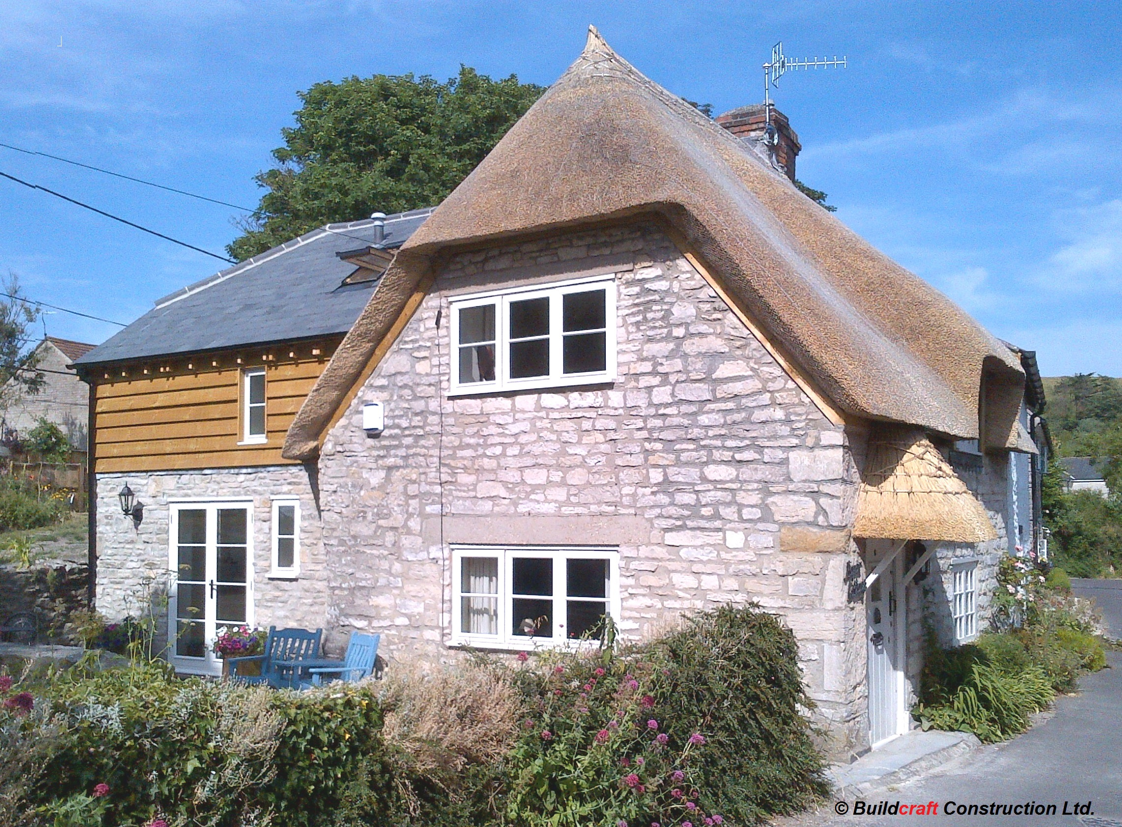 thatched property builders