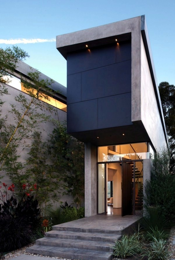 The Modern House On The Hill And Magnificent Views In The