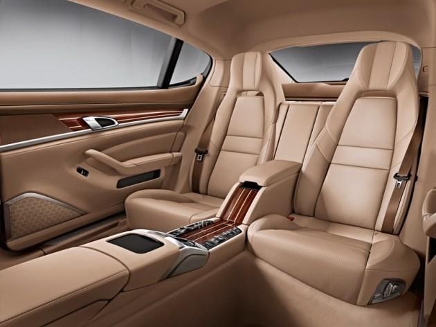 Porsche Panamera Executive: več prostora zadaj, več udobja.