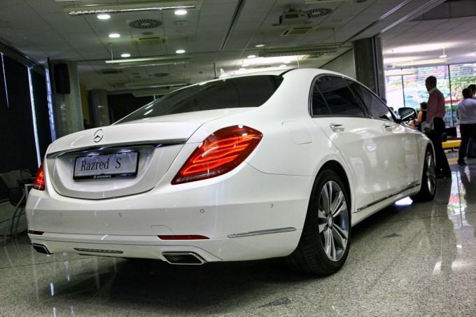 Mercedes-Benz S: prvi Benz izpod svinčnika Roberta Lešnika.