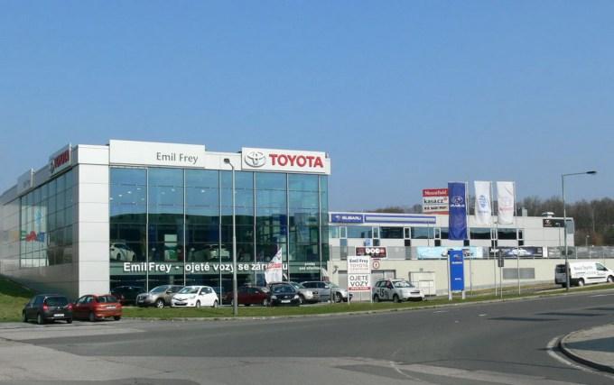 Švicarsko podjetje je poznano v številnih drugih evropskih državah, tudi na Češkem, kjer ima na skrbi japonsko Toyoto.