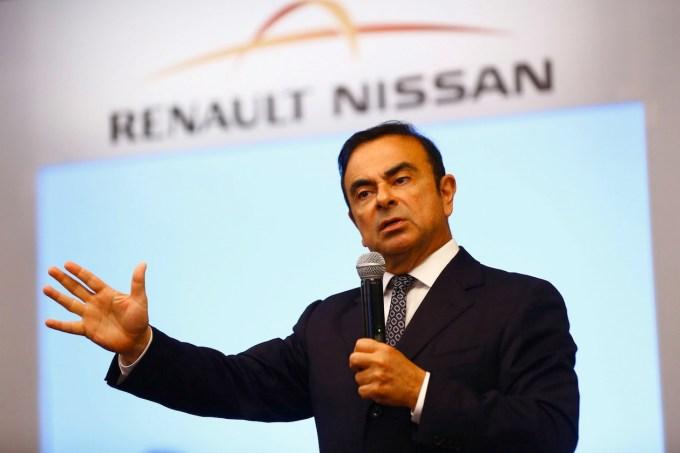V zvezi Renault-Nissan-Mitsubishi bo letno nastalo okoli 9,6 milijona vozil, s tem pa bodo vstopila v klub največjih.
