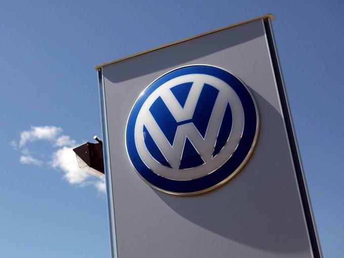 Koncern VW vsaj v Evropi (še) ne občuti posledic afere 'Diesel-Gate'.