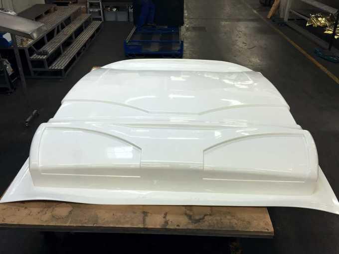 V prvi polovici avgusta je bil v proizvodnji izdelan prvi kos zadnje stene iz termoformiranega ABS-a.