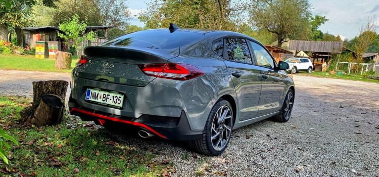 Hyundai i30: prenovljen na slovenskem trgu