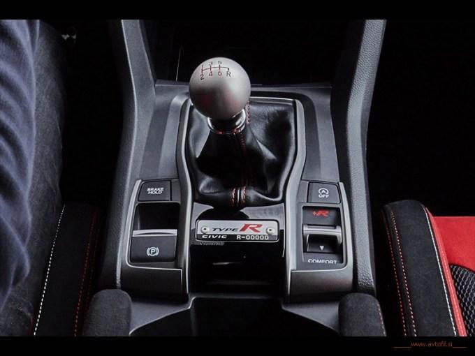 2017 Honda Civic Type R (23)cl