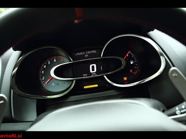 Renault_Clio_RS_217