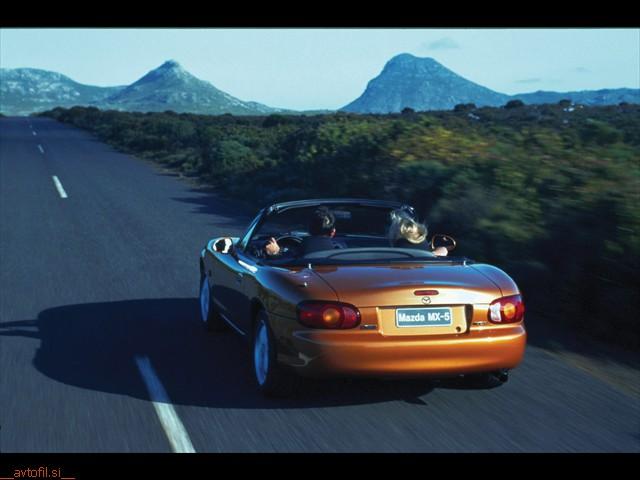 mazda_mx-5_1998_driving_005_print