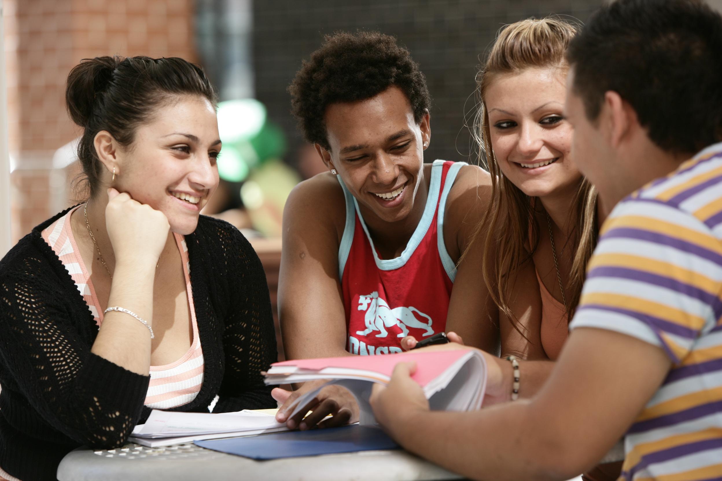 2021'den İtibaren Bölgesel Avustralya'daki Uluslararası Öğrenciler, Eğitim Sonrası Vizelerini Uzatabilirler