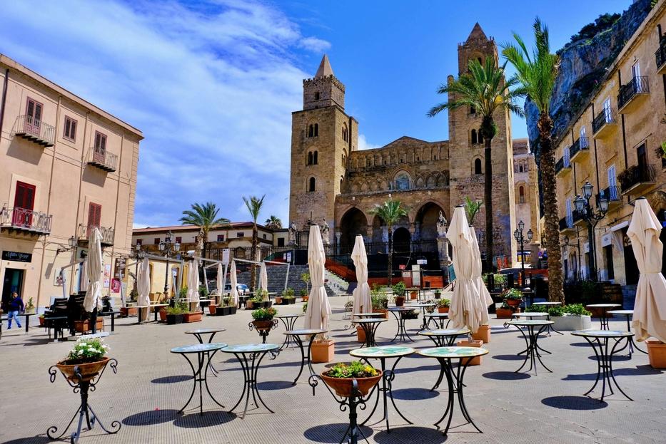 Ecco perché la Sicilia è zona gialla: negazionisti, turisti e pochi  vaccinati