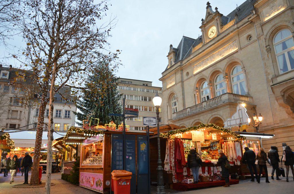 mercatini di Natale nella place d'Armes