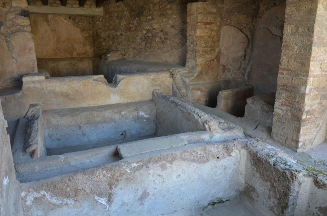Fullonica-di-stephanus-Pompei