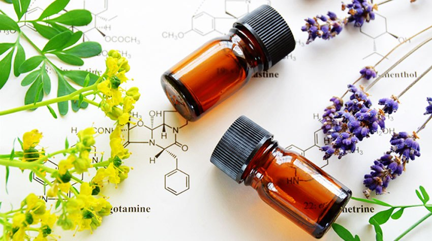 Awake Organics Therapeutic Grade Essential Oils. Natural Ingredients for Beautiful Skin. Made in England.