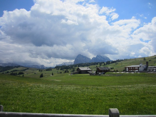 Alpe di Siusi /Seiser Alm it's hard to tell we're already high up!