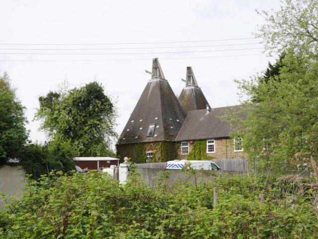 Hops houses on Nashenden Farm