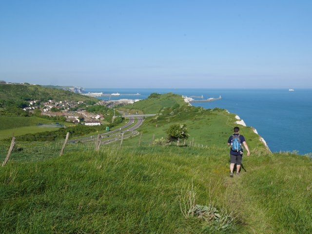 Heading down towards shakespears cliff