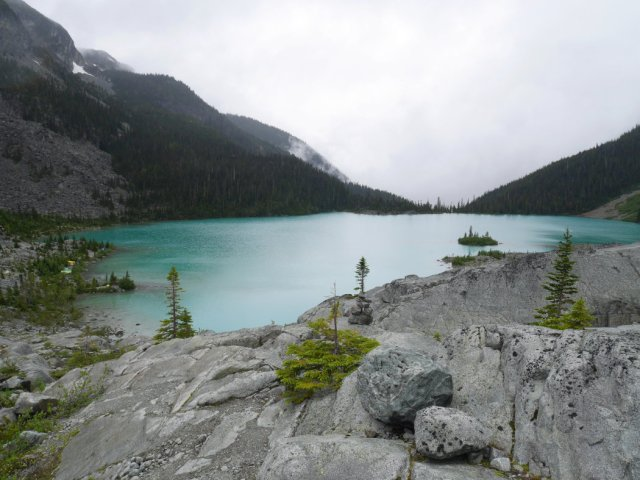 View from the cliff above the Upper Joffre Lake