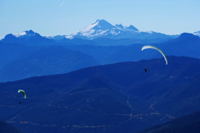 Mount Baker and the paragliders from Cheam Peak