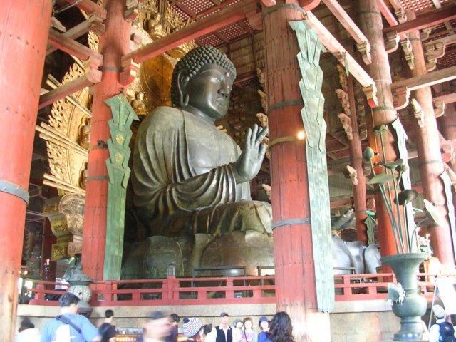 Daibutsu inside Todaiji