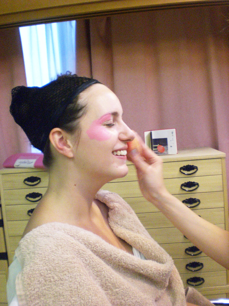Maiko Makeover - Dress up like a Maiko in Kyoto