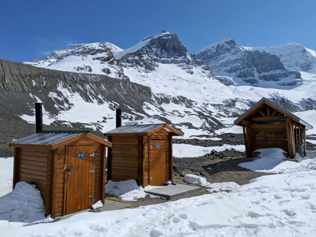 Loo with a view - Athabasca Glacier Hike edition