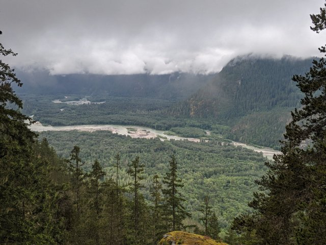 Keep climbing up for more viewpoints of the Squamish Valley