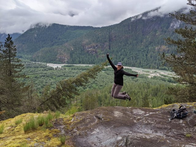 Viewpoint down to Squamish Valley