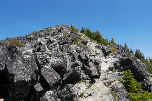 Near the peak, it's a bit of a scramble