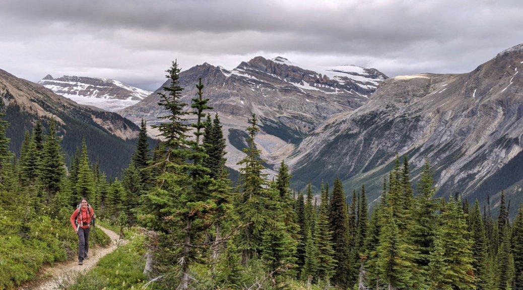 Whaleback trail views plus pheen