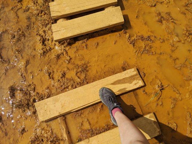 Crossing the ochre beds