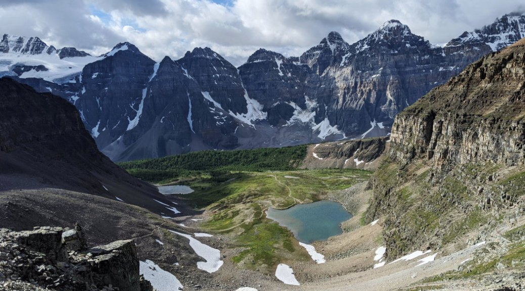 Minnestimma Lake and valley of the ten peaks