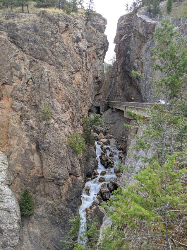 Deeper into Sinclair Canyon