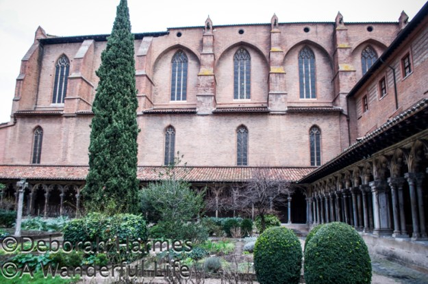 The small but elegant courtyard garden of the Musee des Augustins.