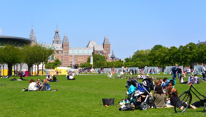 Picnic on Museumplein