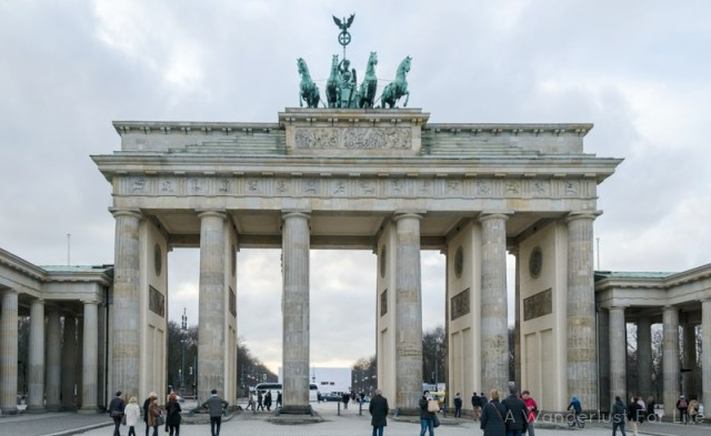 With only one day in Berlin, you must visit the Brandenburg Gate