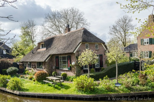 Day trip to Giethoorn house