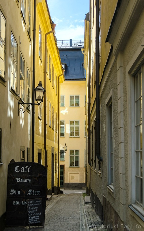 Strolling along the streets of Stockholm