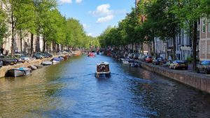 Amsterdam tips - Canal with canal boat