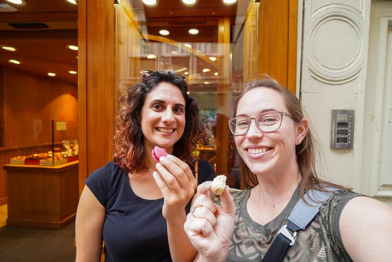 Joanna and Jessica eating macarons
