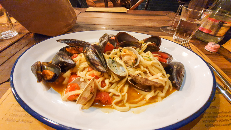 seafood pasta in italy