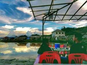 Pekam1 bar, Laos