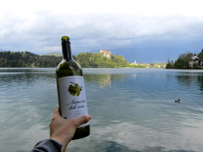 lake-bled-wine.jpg