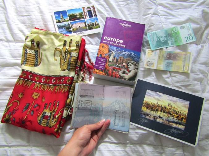 travel-souvenirs.jpg
