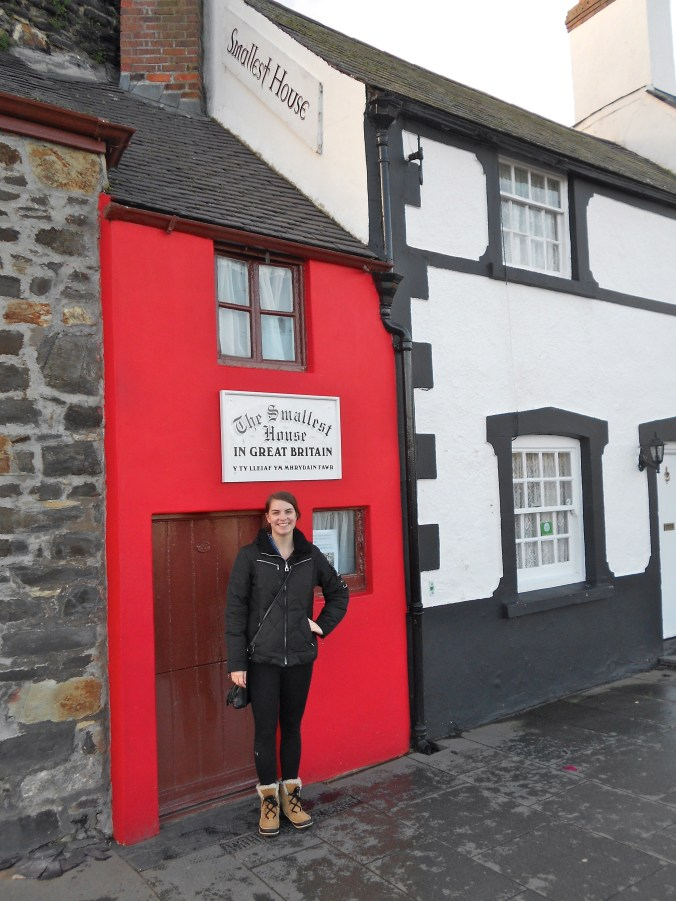 smallest-house-in-great-britain-conwy-wales.jpg