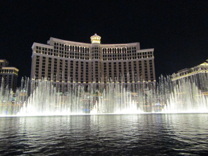 bellagio-fountain-vegas.jpg