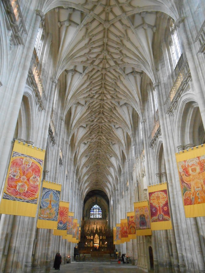 winchester-cathedral-england.jpg