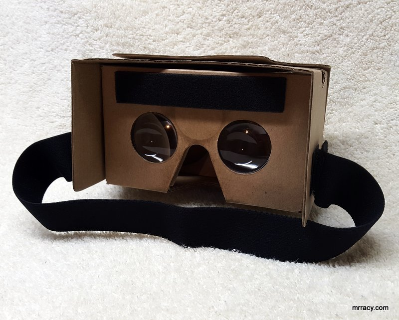 Virtually reality cardboard VR headset